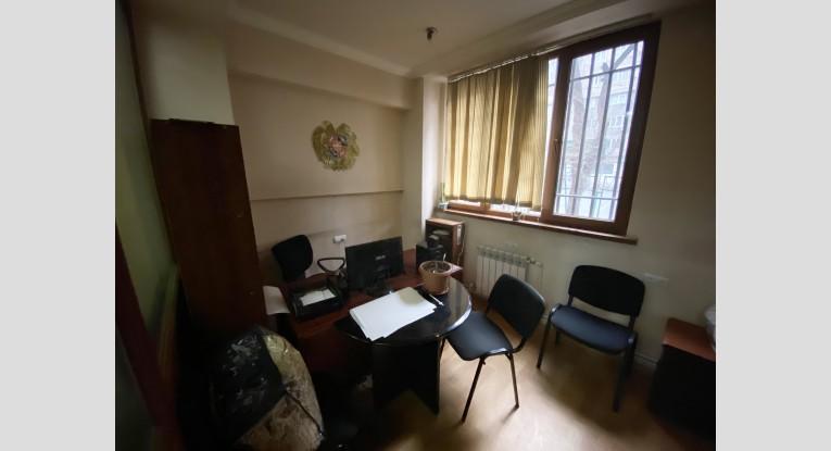 Բնակարան գրասենյակի  համար, 2 սենյակ